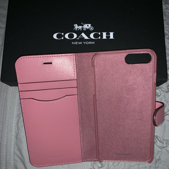 super popular 545a3 f8e7d Coach wallet iPhone 8 Plus case